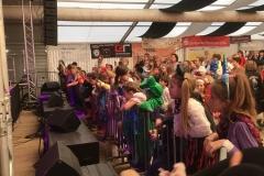 Kinderfasnet: kleine Hexen, Ritter und Drachen feierten mit uns am Samstagmittag eine gelungene Kinderfasnet